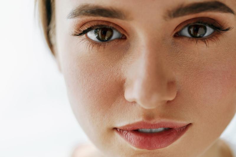 Makijaż brwi z Eyebrow od Maybelline