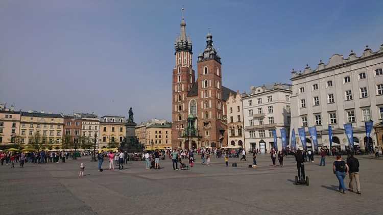 Zabobony pogrzebowe w Polsce