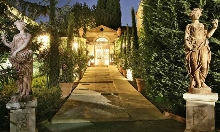 The beauty of provence Villa Gallici