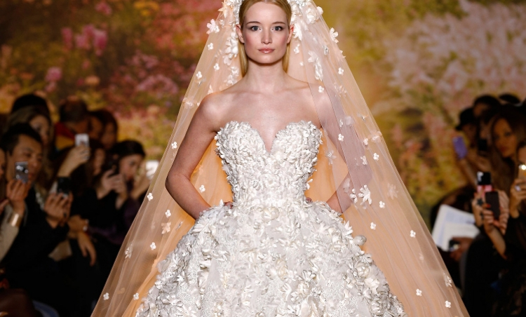 The wedding dress spring-summer Huate Couture Show